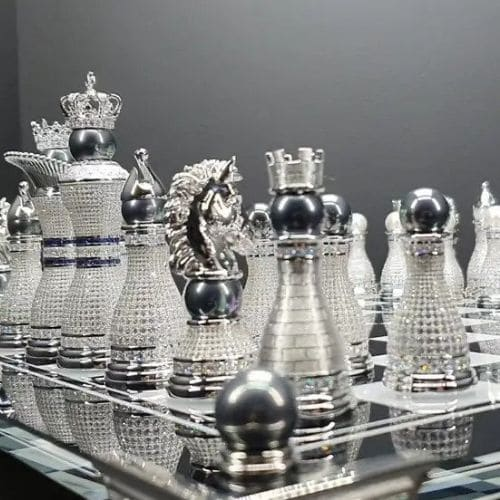 world's-most-expensive-chess-set-pearl-royale