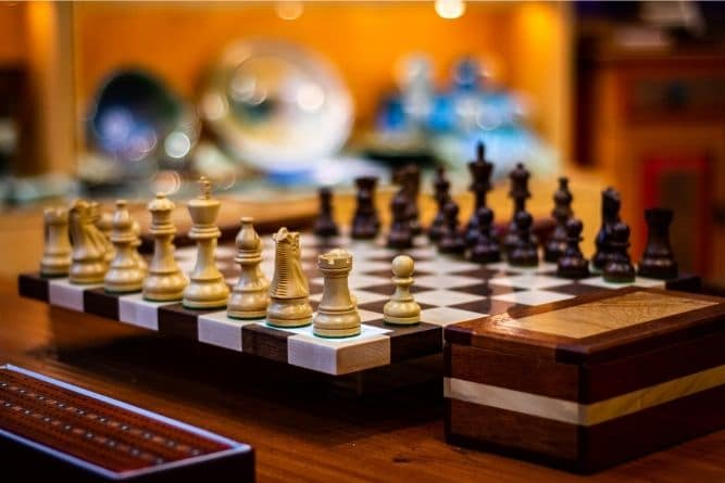 why-are-chess-sets-so-expensive